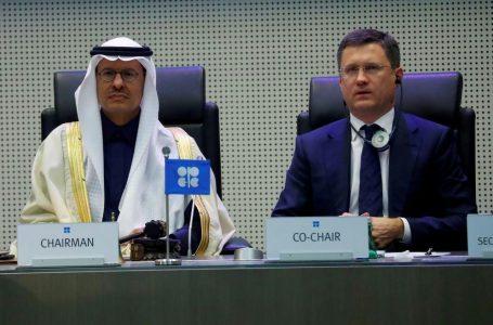 【世界の論点】原油価格が急落 「サウジとロシア、度胸比べ」「シェール業者の倒産続出も」