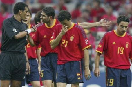 韓国人「スペインはまだ韓国を恨んでいるの?」スペインがサッカーWCの「当時エジプト主審」を批判!