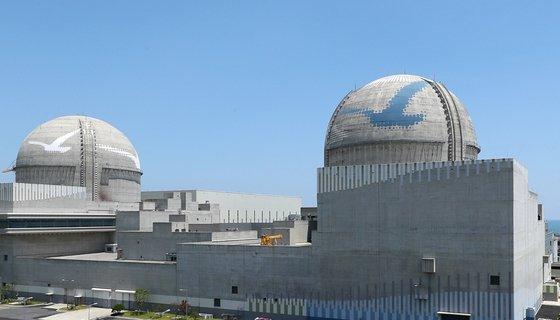 新古里(シンゴリ)原発3・4号機の全景。[写真 韓国水力原子力]